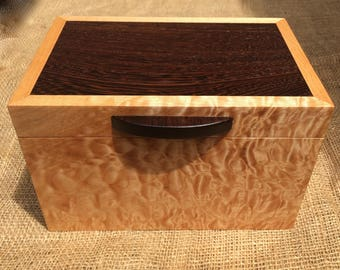 Quilted Maple and Wenge Keepsake Box