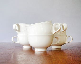 Single Vintage Hallcraft Cup / Teacup Eva Zeisel Tomorrow's Classic White