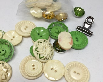 Buttons, eyelets and more, scrapbook embellishments, Jenni Bowlin buttons