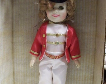 """Shirley Temple Doll Ideal Toy 1982 """"Poor Little Rich Girl"""" Majorette  Original Box NRFB Open Close Sleep Eyes Marching Band Majorette Doll"""