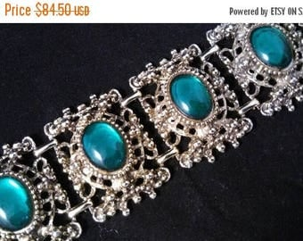 Now On Sale Green Glass Ornate Filigree Vintage Bracelet, Mad Men Mod, Chunky Collectible 1950's 1960's Hard To Find Rare Jewelry