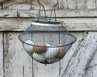 Vintage Wire Mesh Egg Basket - Made in Italy - Farmhouse - Collapsable