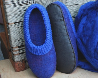 US6 / EU36 / UK3.5 Women wool slippers with natural leather soles - wool felted slippers - home shoes - Christmas gift - blue -ready to ship