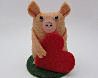 Victoria the Valentine Pig - Pig Gift - Valentine Gift for Pig Lovers