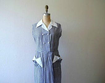 1940s gingham dress . vintage 40s blue and white dress