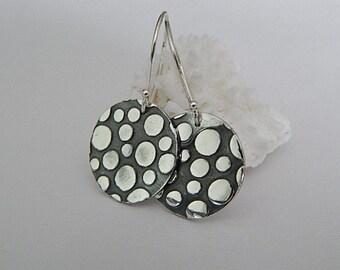 Silver Texture Disc Earrings, Modern Fine Silver Jewelry, Polka Dot Earrings, Metalsmith Jewelry, Dainty Earrings
