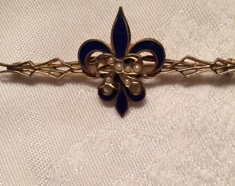 Wonderful Vintage Navy Enamel  Fleur de Lis Bar Pin