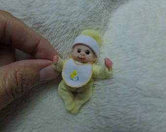 OOak miniature smiling baby boy with freckles for Dollhouse 1:12 scale