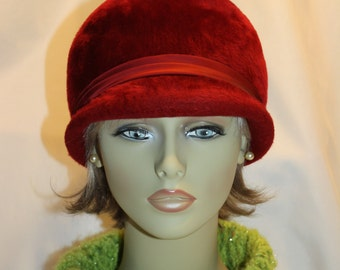 Milady, Cloche Style Fur Hat, Burgundy, 1960s, Made in the United Kingdom for Parkridge Exclusives