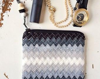 Black and White Coin Purse Wool Felt Coin Purse Ombre Bag Zipper Pouch Felt Purse Organizer Zipper Wallet Jewelry Organizer Jewelry Holder
