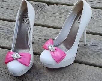 Bridal Shoe Clips, Wedding shoe clips, satin shoe clips,  MANY COLORS, Womens Shoe Clips, Bridal Accessories, Clips for Women's Shoes