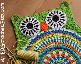OWL RUG 'APPLE' by ATERGcrochet (ready to ship)