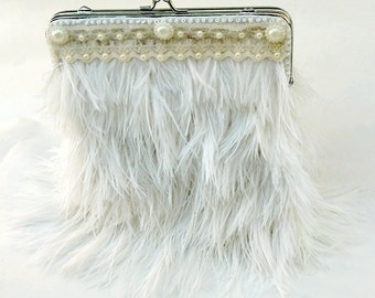 Bridal Ostrich Feather Pearl Purse, Pearl Purse, Vintage Wedding, Clutch Purse,  Formal Purse, Shoulder Bag, Kiss Clasp Purse,