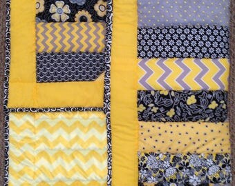 Baby quilt, black and yellow blanket, minky baby quilt, flannel baby blanket,