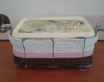 ICE CREAM Tub HOLDER Hand crafted in Africa - Holds a 2 Litre container - Beautiful for the table - Ice cream holder