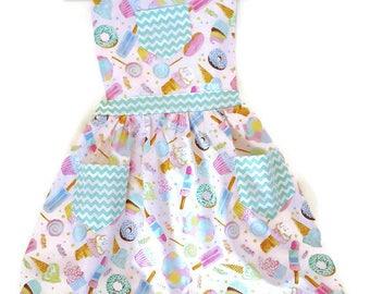 Dessert Apron, Children's Apron, Little Girls Apron, Cooking Apron, Toddler Apron, Retro Style Apron, Girls Apron, Baking Apron, Kids Apron