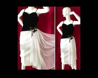 LILLI DIAMOND Dress White Chiffon Ruched Wiggle Dress 50's Vintage