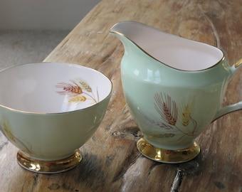 Elizabethan vintage china milk jug and sugar bowl