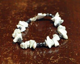 White Magnesite Nuggets & Hermatite Gemtones, SummerBracelet, Rustic Bracelet, Chacha Bracelet, White Bracelet, Graphite Bracelet, Boho Chic