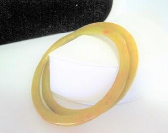 Bakelite Pair Bangles-  Butterscotch Bakelite - Vintage Collectible Bracelets - Spacer Bangles