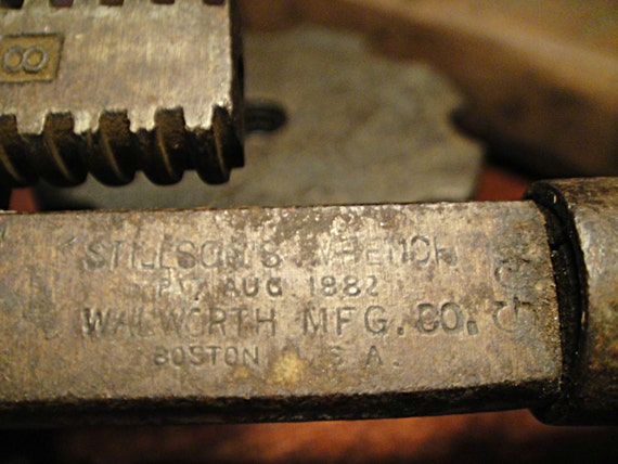 1800 S Pipe Wrench Industrial Tool Adjustable Man Cave
