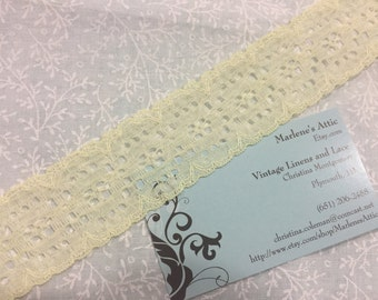 1 yard of 1 1/2 inch Pale Yellow chantilly raschel lace trim for bridal, baby, spring, lingerie by MarlenesAttic - Item 9XX