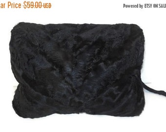 Vintage Fur Muff 1940s 50s Fur Muff Black Broadtail Persian Lamb Fur Handwarmer Astrakhan Zipper Pocket Noir EXC
