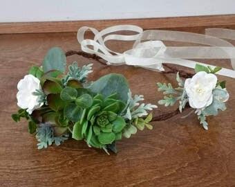 Bridal Hair crown, ready to  go, Succulent crown, boho hair crown,   flower hairpiece,   Wedding Hair Accessories, Flower  crown, succulents