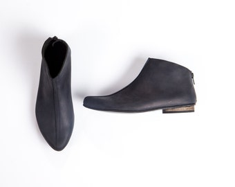 Flat leather high top, Womens black shoes, Pointed toe booties, Black booties