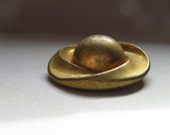 4 brass flying saucer  buttons