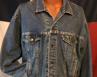 Men's vintage XL Levi's jean jacket