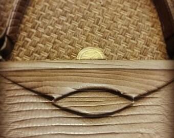 Vintage Beige Vinyl Lizard Skin Clutch, Purse, Handbag Retro