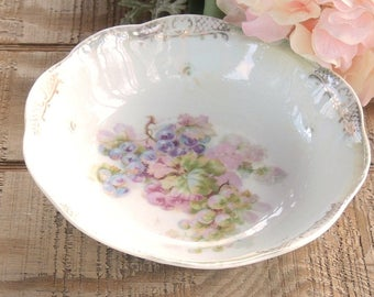 Romantic Vintage Bavarian Handpainted Pink and Lavender Grapes Bowl, Tea Party, Cottage Style