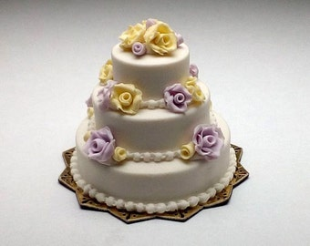 1/12 scale handmade dollhouse miniature Wedding Cake with roses