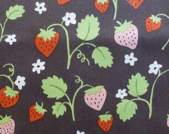 1/2 Yard Organic cotton, Monaluna, Cottage Garden, Strawberry Fields