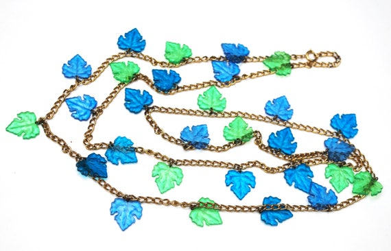 Blue Green Leaf Necklace - Lucite Plastic - grape leaf -  gold tone chain - Turquoise