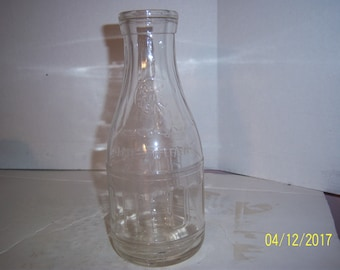 "1931 CH Hunt Dairy Providence, RI Quart milk dairy cow 9 3/4"" Tall bottle"