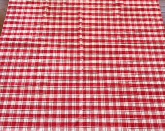 SALE! vintage retro red & white check picnic tablecloth napkins