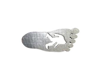 Bigfoot / Sasquatch Footprint ~ Lapel Pin/Brooch ~ A175