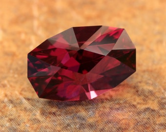 4.72 Carat Malawi Umbalite Garnet Gemstone Precision Cut Gem