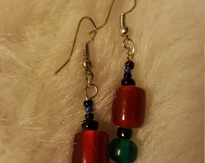 Red & Green Glass Acrylic Bead Earrings 1.5 inch drop