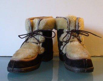 Vintage Made in Italy Mukluk Boots Size 6.5US 38 EU
