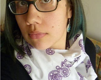 Doctor Who Gallifreyan Script Screen Printed Infinity Scarf
