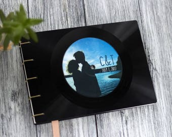 Personalized Vinyl Record Guest Book, Music Wedding Guest Book, Coptic Journal, Recycled LP Vinyl Record, Vintage Wedding, Retro Wedding,