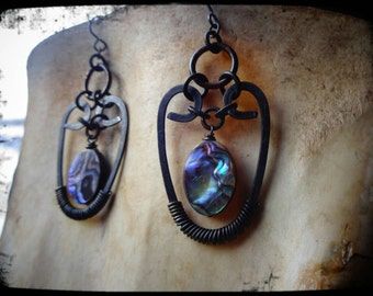 Hammered Metal Wire & Abalone Earring's.