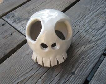 Little Skull Aquarium Decoration - MADE TO ORDER - Betta Fish Hide - Ceramics and Pottery - Ceramic Tank Decor - Marimo Terrarium Ornament
