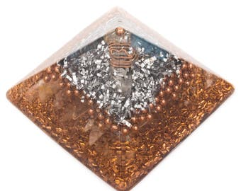 Aura Cleansing Large Pyramid for Energy Cleansing