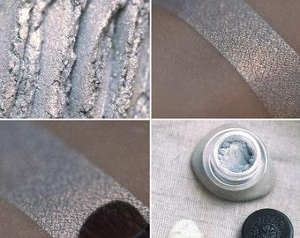 Eyeshadow: Shell Gatherer - Mermaid. Silver-grey satin eyeshadow by SIGIL inspired.