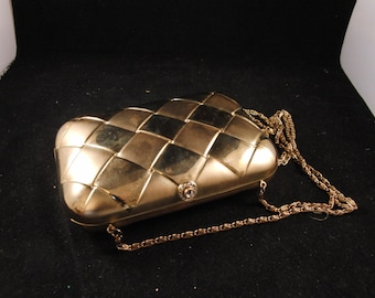 Vintage metal golden toned purse