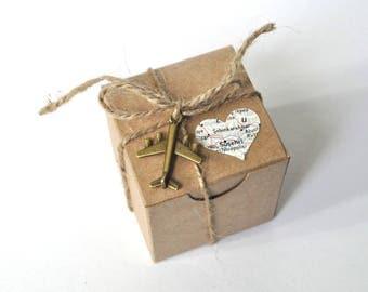 10 map favor boxes, destination wedding, map favors, vintage favor box, travel favor, shower favors, suitcase favor box, map travel, map box